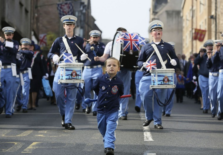 A boy marches with a flute band during a pro-Union rally in Edinburgh, Scotland, on September 13, 2014. (REUTERS/Paul Hackett)