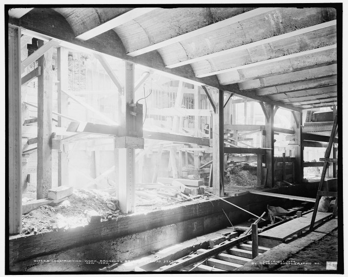 Construction work, Brooklyn Bridge subway station, New York, 1904. (Detroit Publishing Company/Library of Congress)