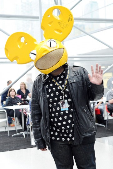 A Comic Con attendee poses as Deadmau5 during the 2014 New York Comic Con at Jacob Javitz Center. Daniel Zuchnik/Getty Images