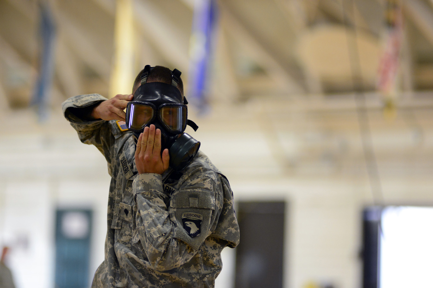 As Ebola spreads to the U S , Army gears up to fight the virus