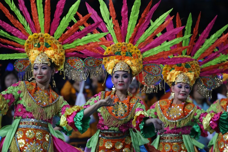 Next host country Indonesian dancers perform during the Closing Ceremony of the 2014 Asian Games at Incheon Asiad Stadium in Incheon, South Korea. (Chung Sung-Jun/Getty Images)