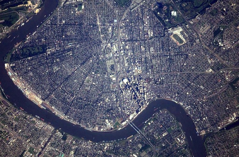 A picture of New Orleans, taken with a 800mm lens. (Reid Wiseman/NASA)