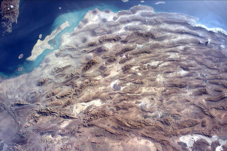 A unbelievable view from the International Space Station looking straight down on Iran on October 13. (Reid Wiseman/NASA)