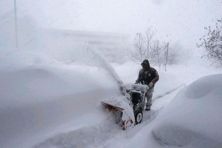 In Buffalo, N.Y. as lake effect storm hits Buffalo and southtowns overnight , on Tuesday November 18, 2014. .(John Hickey/Buffalo News)