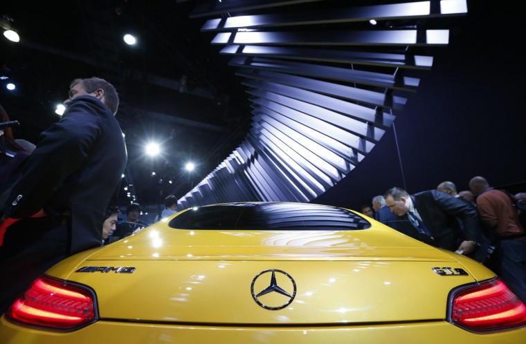 The Mercedes AMG GT S is shown during the model's world debut at the Los Angeles Auto Show in Los Angeles, California November 19, 2014. (Lucy Nicholson/Reuters)