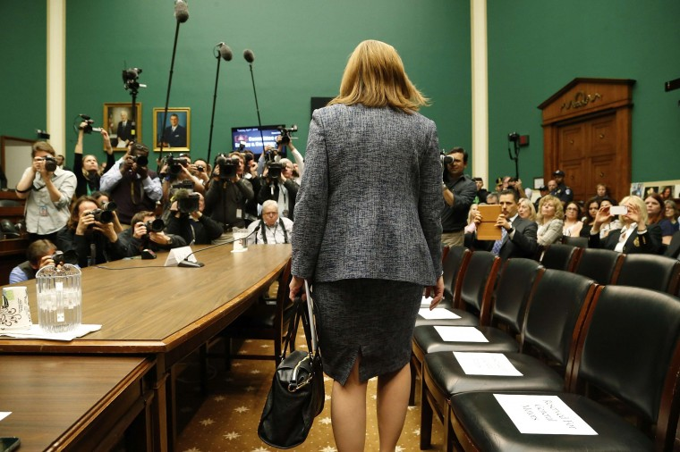 General Motors CEO Mary Barra arrives to testify at the House Energy and Commerce Committee hearing on Capitol Hill in Washington, in this April 1, 2014 file photo. REUTERS/Jonathan Ernst