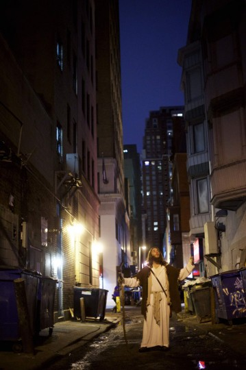 """Michael Grant, 28, """"Philly Jesus,"""" poses for a portrait in Philadelphia, PA alleyway on December 14, 2014. (Mark Makela/Reuters)"""
