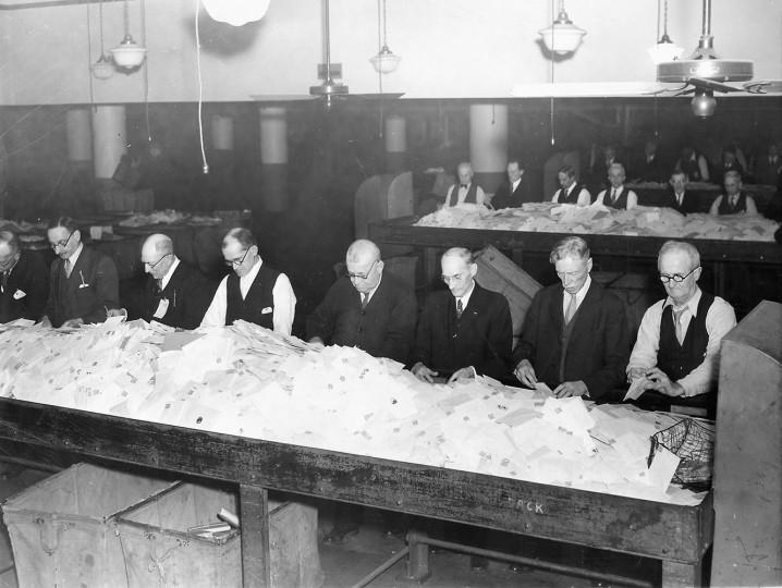 Sun file photo taken Dec. 24, 1935.