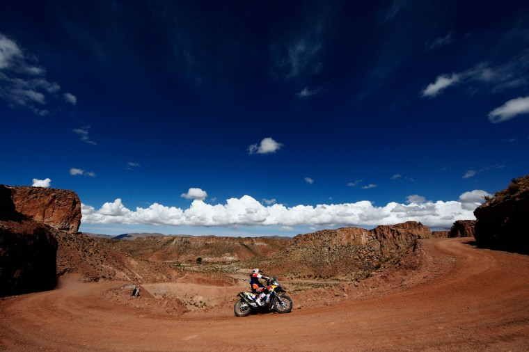 #11 Ruben Faria of Portugal and riding the for the Red Bull KTM Factory Team competes near the Salinas Grandes during Stage 10 on day 11 of the Dakar Rally between Calama and Cachi on January 13, 2015 near San Salvador de Jujuy, Argentina. (Photo by Dean Mouhtaropoulos/Getty Images)