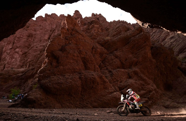 Honda's Spanish biker Joan Barreda Bort competes during the Stage 11 of the Dakar 2015 between Salta and Termas de Rio Hondo, Argentina, on January 15, 2015. (Frank Fife/AFP/Getty Images)