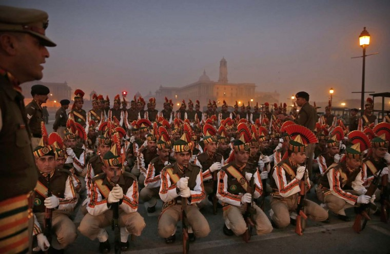 Indian paramilitary soldiers rehearse for the upcoming Republic Day parade in New Delhi, India, Thursday, Jan. 15, 2015. U.S. President Barack Obama will be Chief Guest in this year's Republic Day parade, marked annually on Jan. 26. (AP Photo/Manish Swarup)