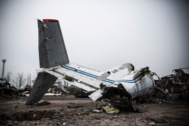 Destroyed commercial airplanes sit scattered at the Donetsk airport on February 26, 2015 in Donetsk, Ukraine. The Donetsk airport has been one of the most heavily fought over pieces of land between the Ukrainian army and pro-Russian rebels. (Photo by Andrew Burton/Getty Images)