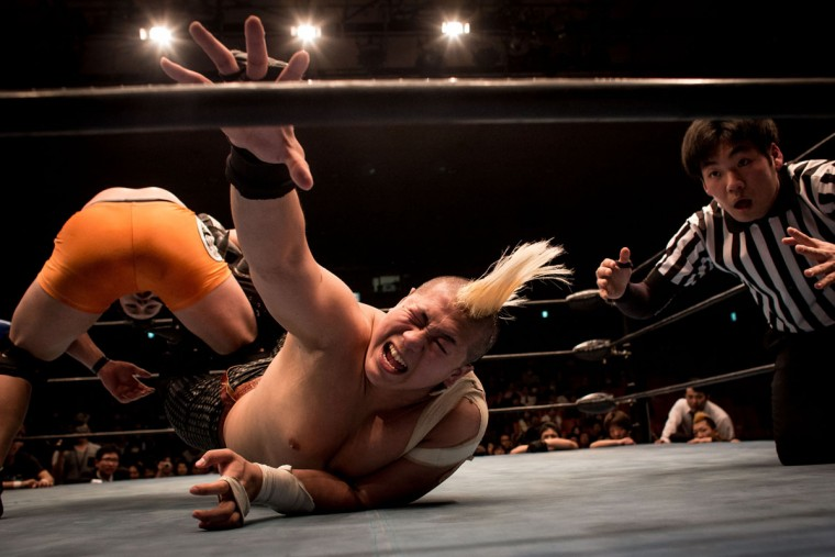 Student wrestlers fight in the ring during the Student Pro-Wrestling Summit on February 26, 2015 in Tokyo, Japan. (Photo by Chris McGrath/Getty Images)