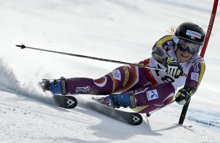 Norway's Nina Loeseth races down the course during the women's giant slalom competition at the alpine skiing world championships on Thursday, Feb. 12, 2015, in Beaver Creek, Colo. (John Locher/AP)