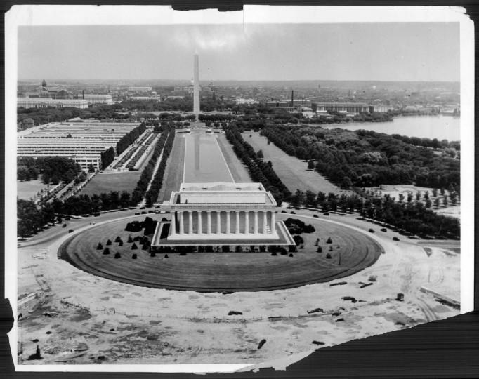 Dec. 12, 1931: Lincoln Memorial
