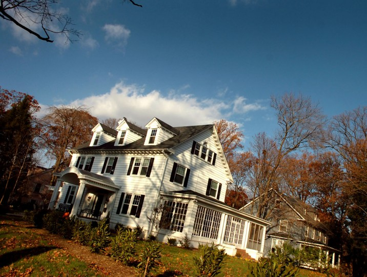 A large white-painted home adorns the corner lot at the intersection of Greenspring and Ken Oak Roads in Mt. Washington. Glenn Fawcett, Sun file photo, 11/27/07.