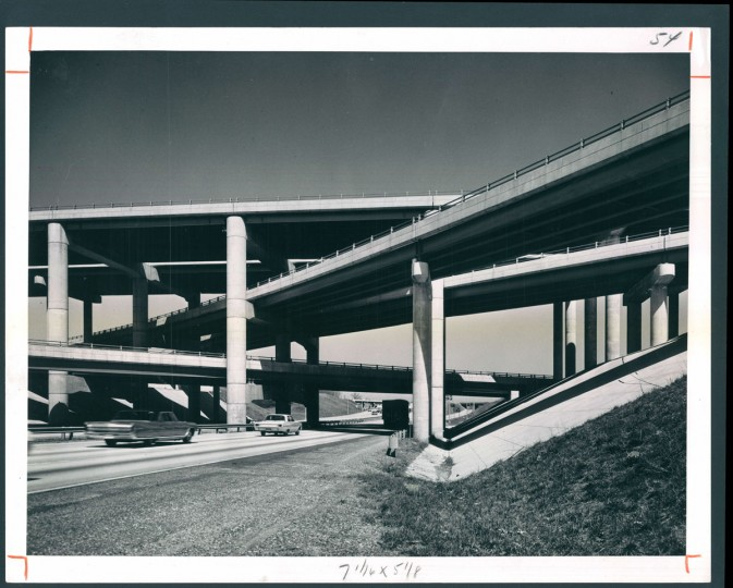 Speeding traffic around the city is the Baltimore Beltway with its growing maze of interchanges and overpasses. (A. Aubrey Bodine/Baltimore Sun, 1969)