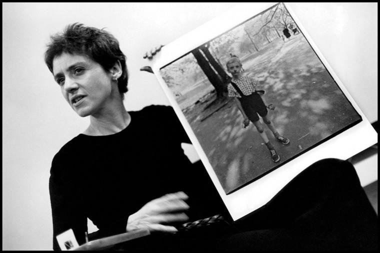 Diane Arbus teaching at the Rhode Island School of Design in 1970. (Stephen Frank)