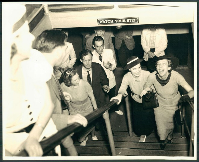 "June 19, 1938 - Passengers board the Old Bay Liner, ""S.S. Dixie"" for a Bay excursion. (Baltimore Sun archives)"
