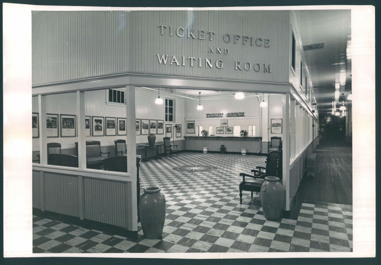 December 4, 1950- Old Bay Line new company quarters on Pier 3, Pratt Street. (Hans Marx/Baltimore Sun)