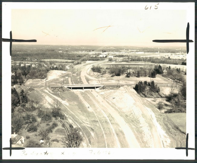 The beltway turns to the south as it goes under Reisterstown road just north of Pikesville. This Interchange will serve Reisterstown and Owings Mills on the north and Baltimore city's northwest area. (Baltimore Sun, 1962)