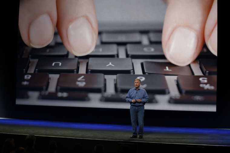 Apple Senior Vice President of Worldwide Marketing Phil Schiller announces the new MacBook during an Apple special event at the Yerba Buena Center for the Arts on March 9, 2015 in San Francisco, California. (Photo by Stephen Lam/Getty Images)