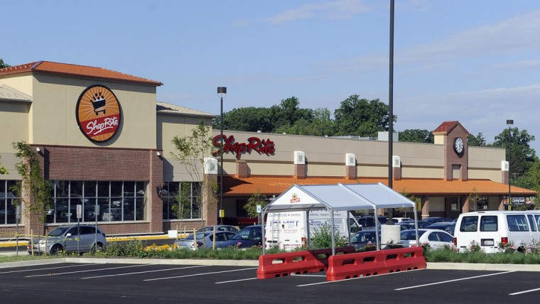 The new ShopRite grocery at its opening in 2014. Photo by Barbara Haddock Taylor, Baltimore Sun.