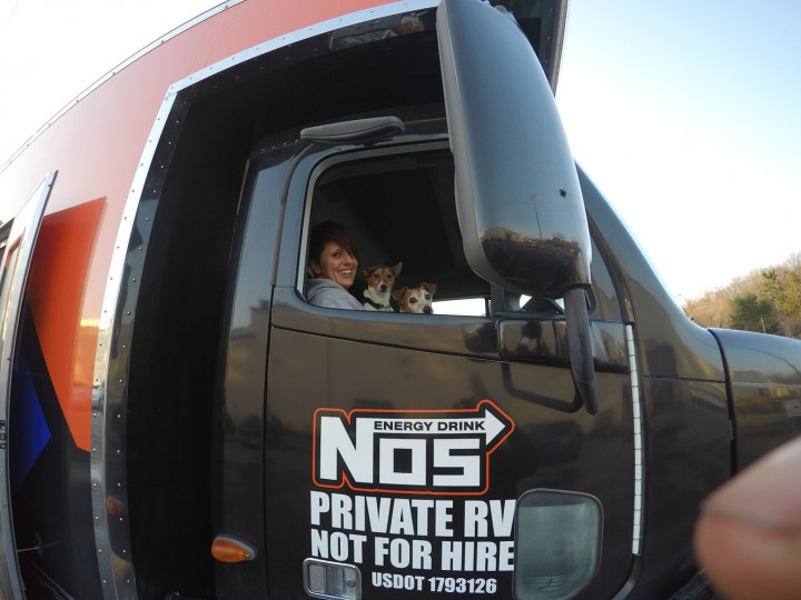 Caught Mich up front with the dogs … She came in to prep the truck and also to let the new little guy get used to being in the rig before we hit the road.