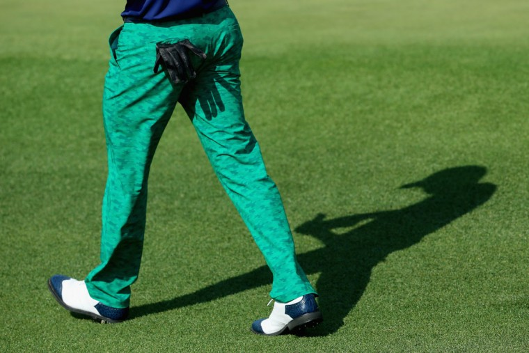 A detailed view of pants worn by Morgan Hoffmann of the United States walks across the second green during the first round of the 2015 Masters Tournament at Augusta National Golf Club on April 9, 2015 in Augusta, Georgia. (Photo by Andrew Redington/Getty Images)
