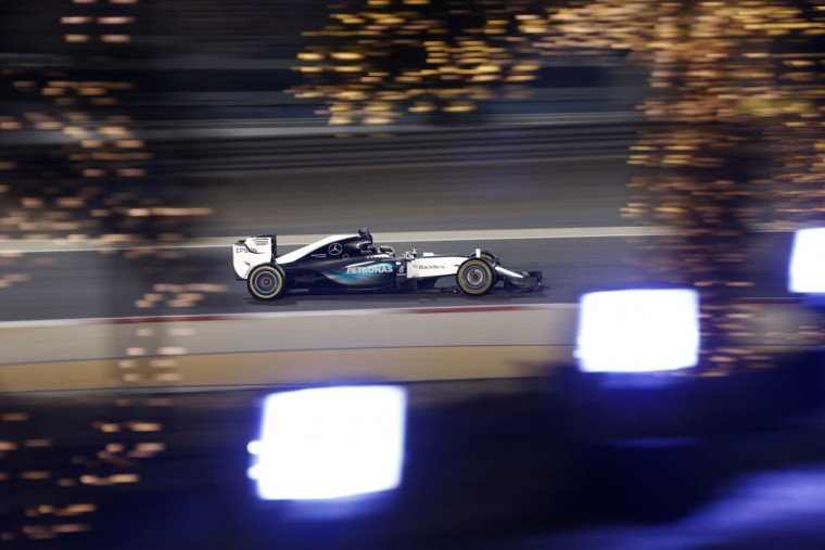 Mercedes driver Lewis Hamilton of Britain steers his car on his way to win the Bahrain Formula One Grand Prix at the Formula One Bahrain International Circuit in Sakhir, Bahrain, Sunday, April 19, 2015. (AP Photo/Hassan Ammar)