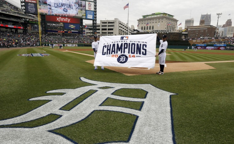 The American League Championship banner is shown before an opening day baseball game between the Detroit Tigers and the Minnesota Twins in Detroit, Monday, April 6, 2015. (AP Photo/Carlos Osorio)