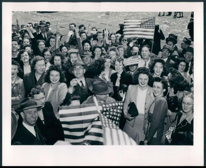 Celebration of V-E Day in Baltimore. (W. M. Sussman/Baltimore Sun archives)