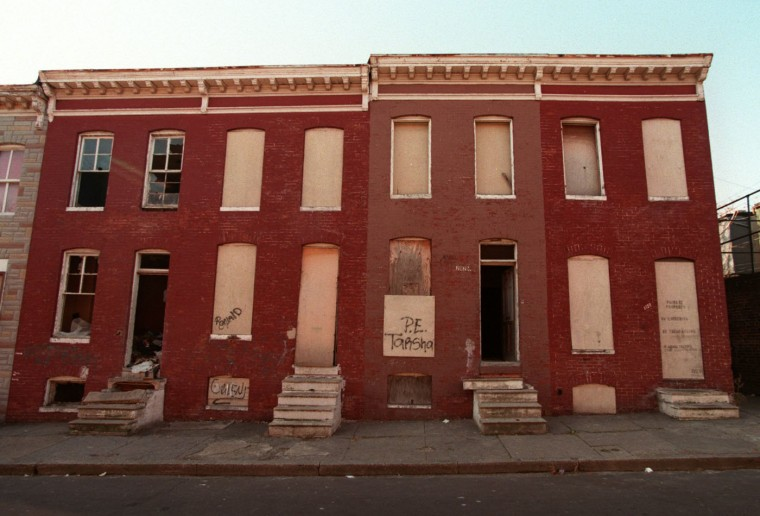 1/7/97: 2122, 2124, 2126, 2128 Etting Street sitting already in disrepair. (Andre F. Chung/Sun)