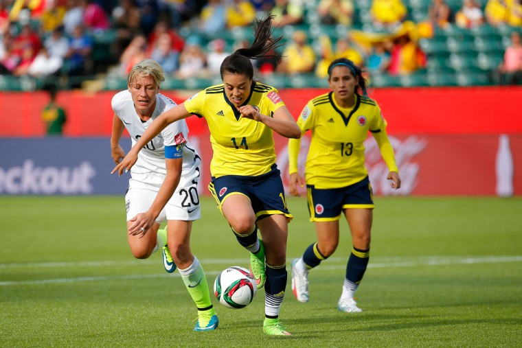 Nataly Arias #14 of Colombia controls the ball against Abby Wambach #20 of the United States in the FIFA Women's World Cup 2015 Round of 16 match at Commonwealth Stadium on June 22, 2015 in Edmonton, Canada. (Kevin C. Cox/Getty Images)