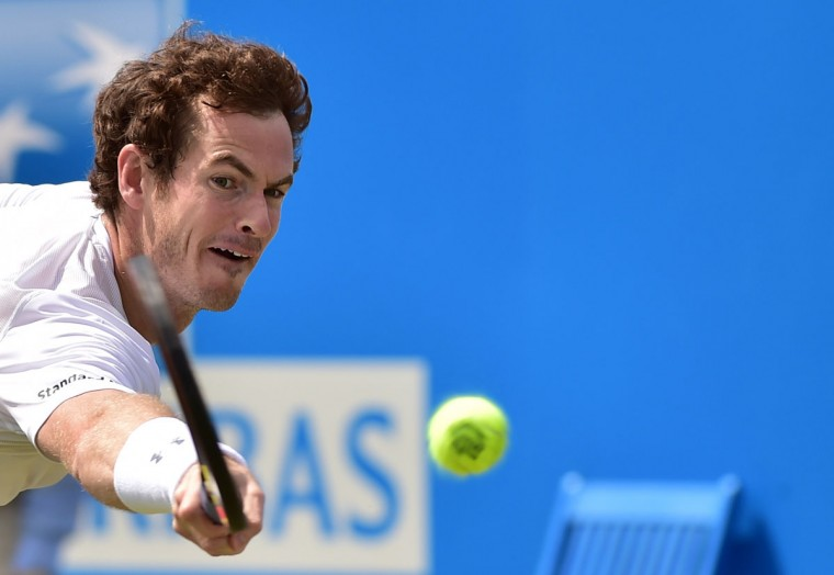 Britain's Andy Murray returns to Spain's Fernando Verdasco during his second round match at the ATP Aegon Championships tennis tournament at the Queen's Club in west London on June 18, 2015. (LEON NEAL/AFP/Getty Images)