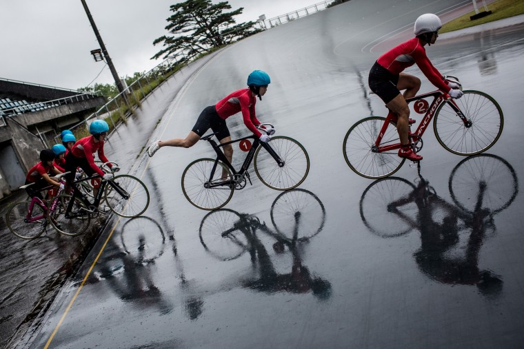 Keirin students train in the rain at the Nihon Keirin Gakkou (Japan Keirin School) on July 8, 2015 in Izu, Japan. (Photo by Chris McGrath/Getty Images)