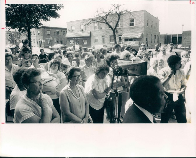 The Locust Point firehouse is reopened on Aug. 15, 1984. (Baltimore Sun photo by Lloyd Pearson)