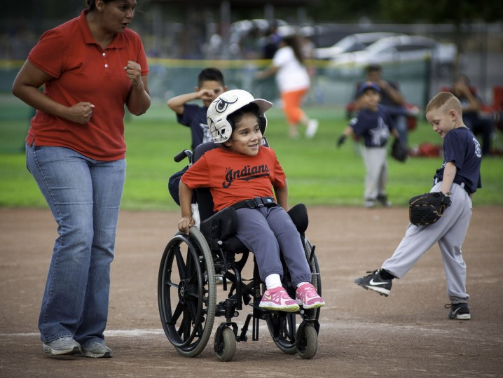 Paulina Bojorquez-Rubio, playing for the Lil Indians, heads towards third base during a T-ball game at Ron T. Galla Park, Wednesday, July 22, 2015, in Las Cruces, N.M. (Jett Loe/The Las Cruces Sun-News via AP)
