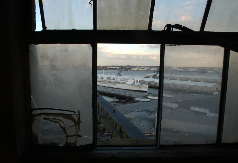 Dec. 1, 2003: View from the 29 story grain elevator in Locust Point. (John Makely, Baltimore Sun, June 2015)