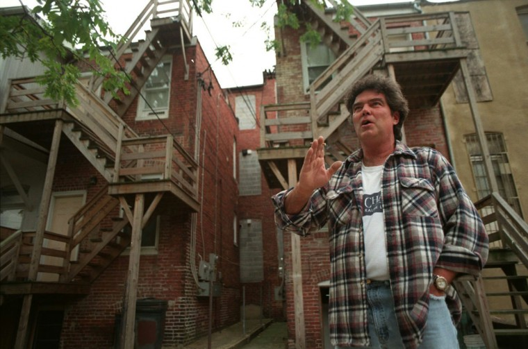 The rear of these Newington Ave. houses are pictured on Sept. 25, 1997. (Kim Hairston / Baltimore Sun)