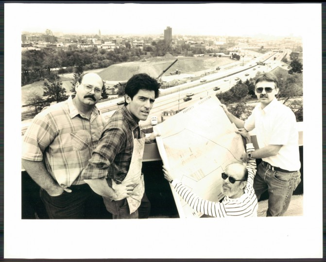 A scene from Reservoir Hill on Oct. 27, 1986. (Baltimore Sun photo by Gene Sweeney Jr.)
