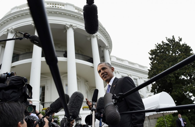 President Barack Obama speaks to reporters on the South Lawn of the White House in Washington, Tuesday, Sept. 29, 2015, after spending three days in New York and the United Nations. Obama thanked the secret service for their work over the last few weeks in protecting the Pope, the Chinese President, the United Nations and the King and Queen of Spain. (AP Photo/Susan Walsh)
