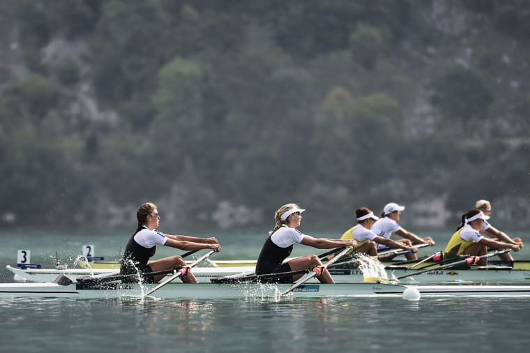 New Zealand's Eve Macfarlane, left, and Zoe Stevenson compete in the women's coxless pair, on September 4, 2015 in Aiguebelette-Le-Lac, during the world rowing championships. (JEFF PACHOUD/AFP/Getty Images)