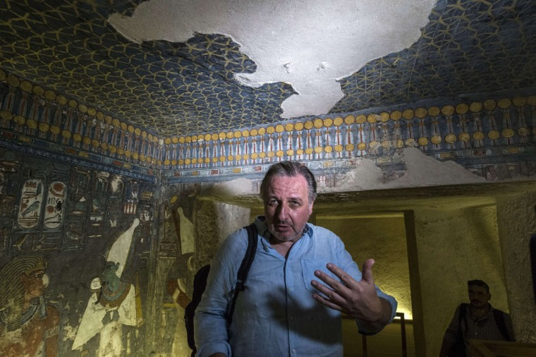 A picture taken on September 29, 2015 shows English Egyptologist Nicholas Reeves speaking to journalists during a visit to Horemheb tomb at the Valley of the Kings, close to Luxor, 500 kms south of Cairo. (KHALED DESOUKI/AFP/Getty Images)