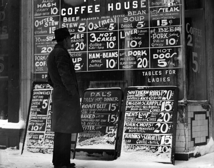 1930 - Everything from ham and beans to beef stew and hot dogs were available at the coffee house. (A. Aubrey Bodine/Baltimore Sun)