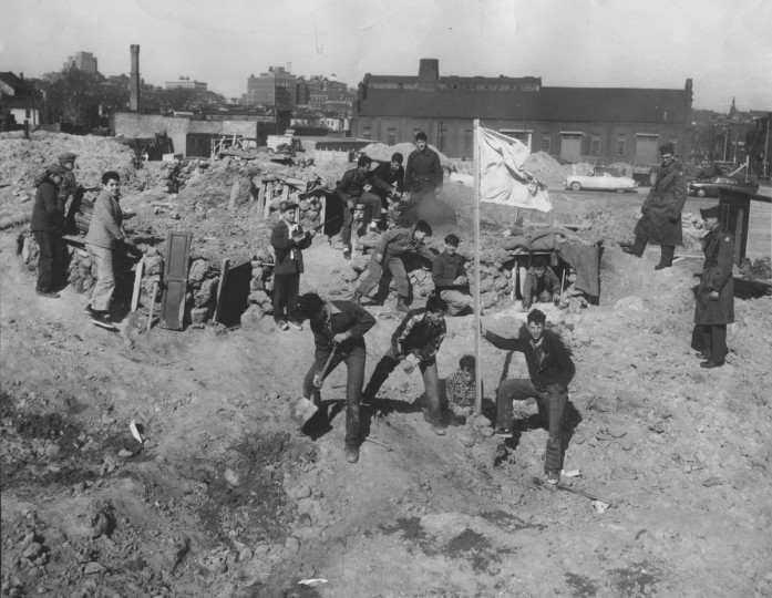 Flag House Courts Housing Project residents are pictured April 7, 1954. (Baltimore Sun file photo)