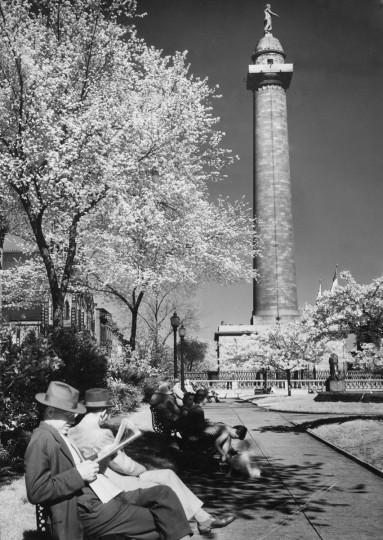 1941 - Mount Vernon Place. (A. Aubrey Bodine/Baltimore Sun)