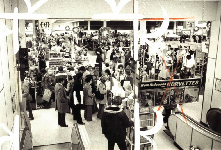 Sunday shoppers at Perring Plaza. (Richard Childress/Baltimore Sun, 1981)