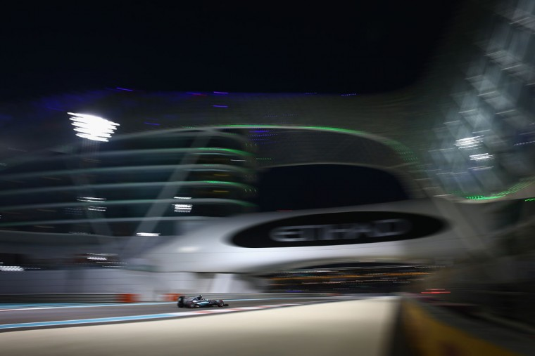 Nico Rosberg of Germany and Mercedes GP drives during practice for the Abu Dhabi Formula One Grand Prix at Yas Marina Circuit on November 27, 2015 in Abu Dhabi, United Arab Emirates. (Photo by Clive Mason/Getty Images)