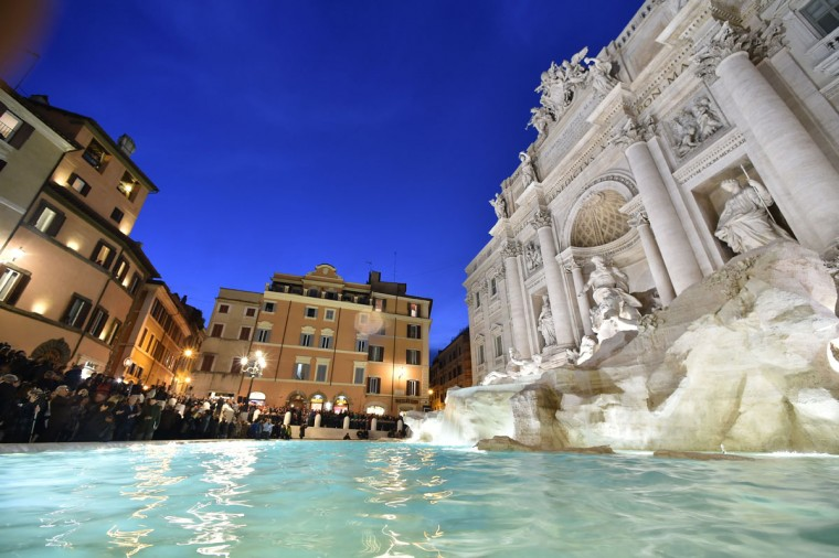 A picture shows the restored Trevi fountain during its inauguration on November 3, 2015 in central Rome. (ALBERTO PIZZOLI/AFP/Getty Images)